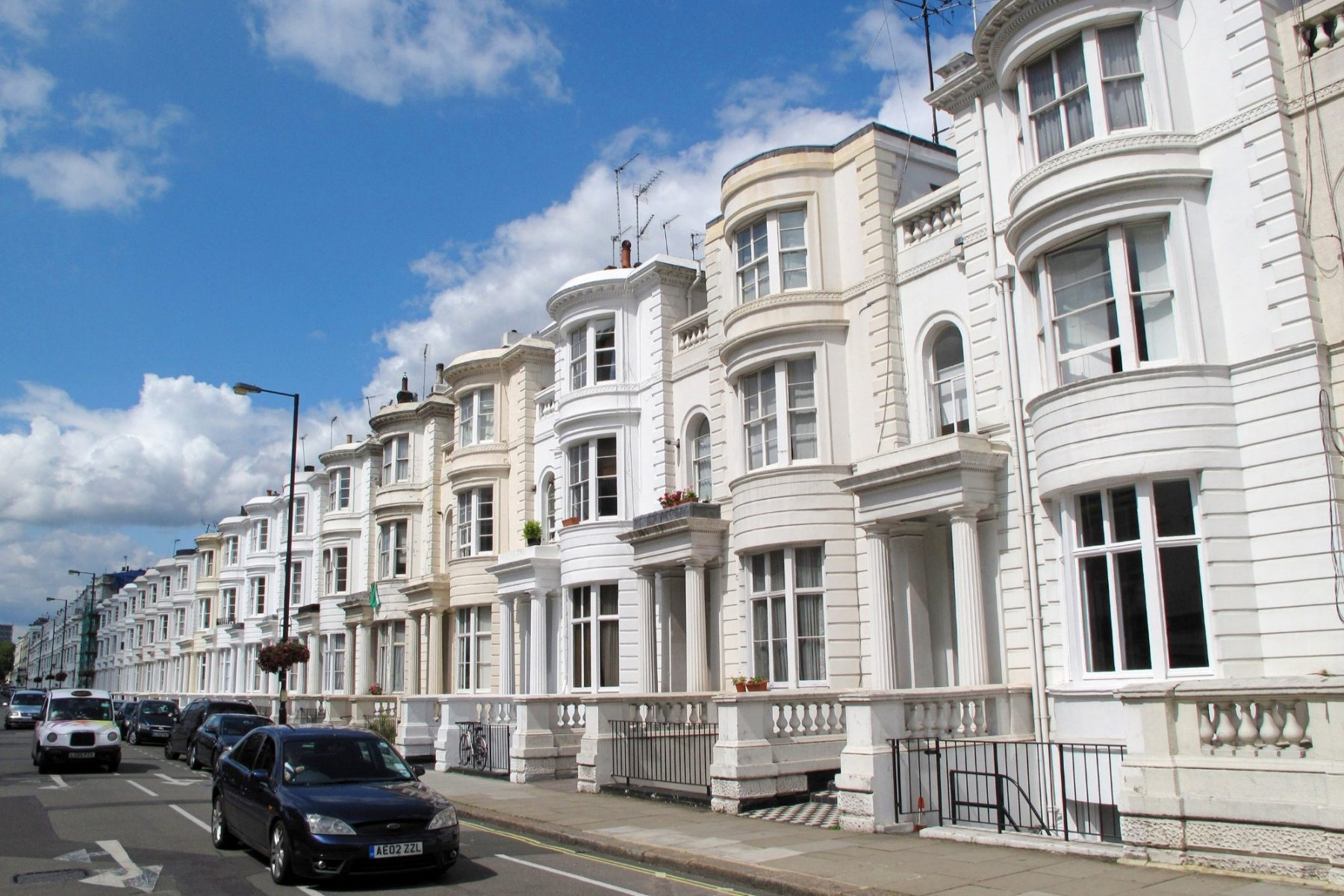 3-reasons-to-love-the-uk.-residential-property-market