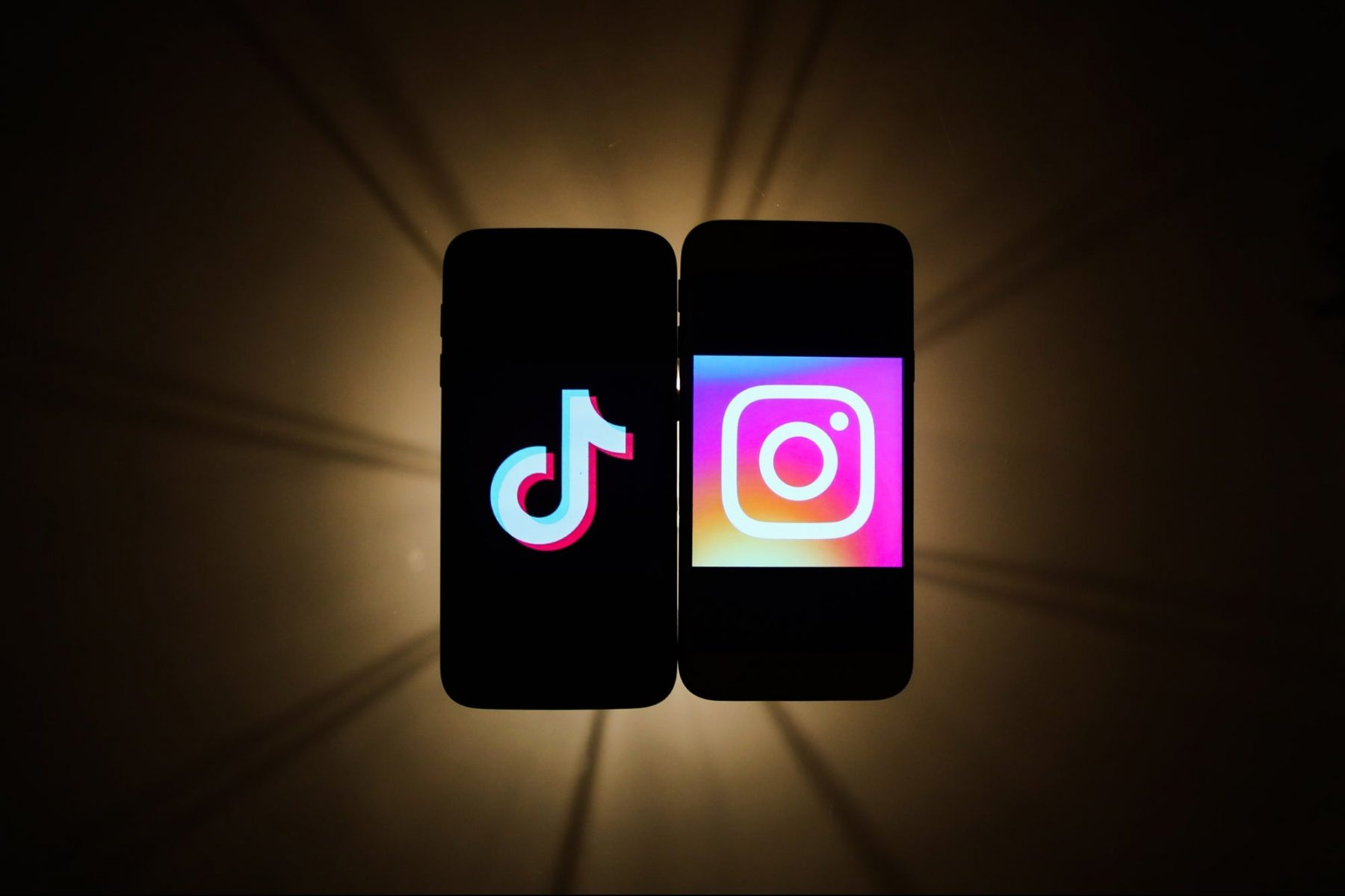 5-questions-you-should-ask-to-determine-whether-tiktok-or-instagram-is-better-for-your-influencer-marketing-campaign