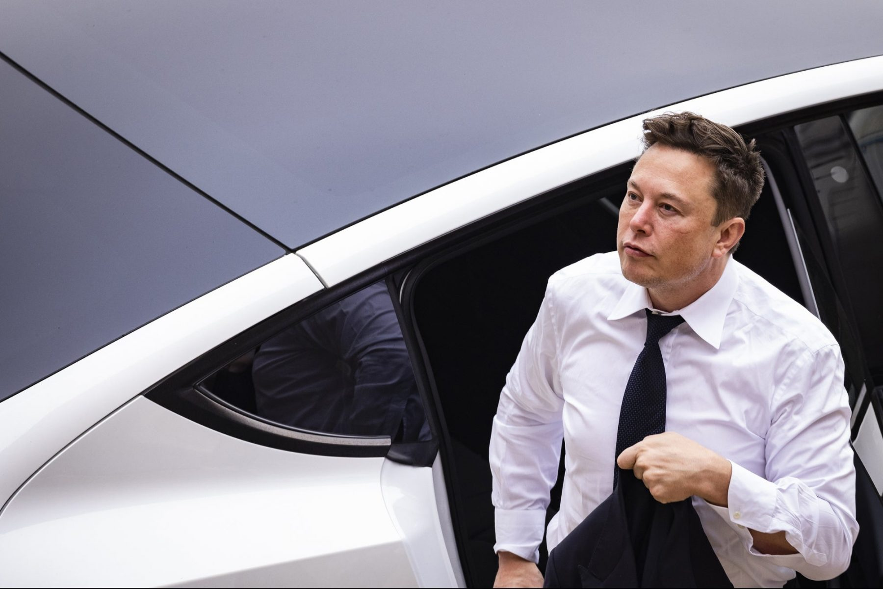 elon-musk-says-tesla's-new-driver-assistance-software-is-'not-great'